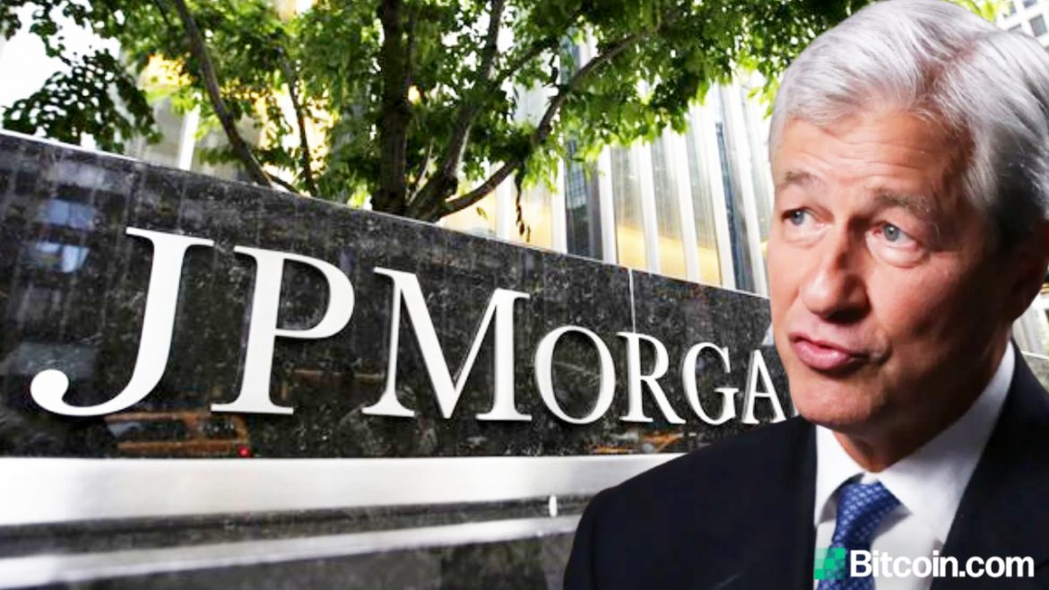 JPMorgan Boss Jamie Dimon Says 'I Don't Care About Bitcoin' but Clients Are Interested