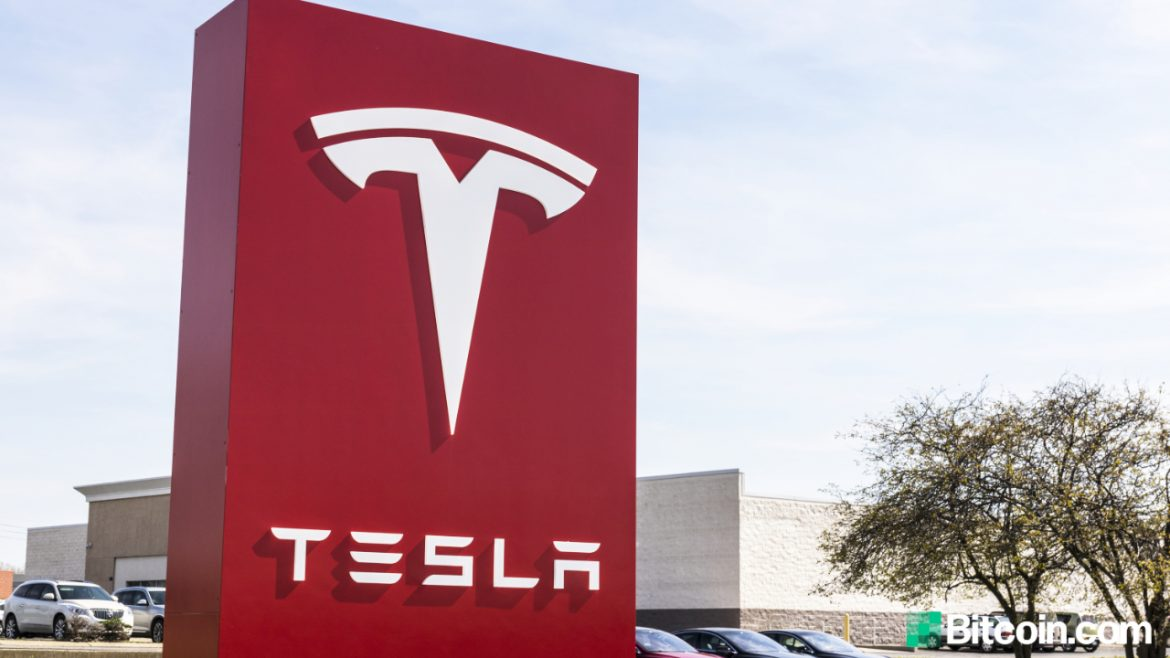 Elon Musk Announces Tesla Has Suspended Accepting Bitcoin Citing Environmental Issues