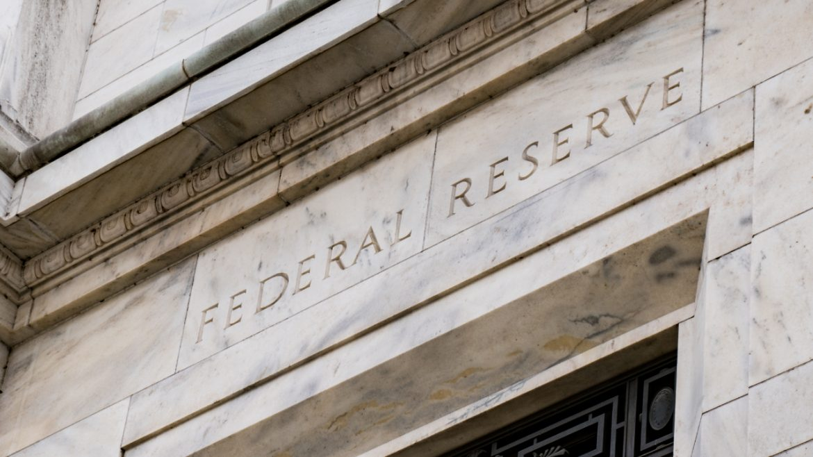 Federal Reserve Bank Presidents: Cryptocurrency Sell-off Not a Systematic Concern, Does Not Affect Fed Policy